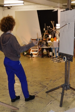 Discovering Drawing Painting & Printing Monday 6.30 - 9.00pm Term Dates 2015: 5 January - 16 March  20 April - 29 June